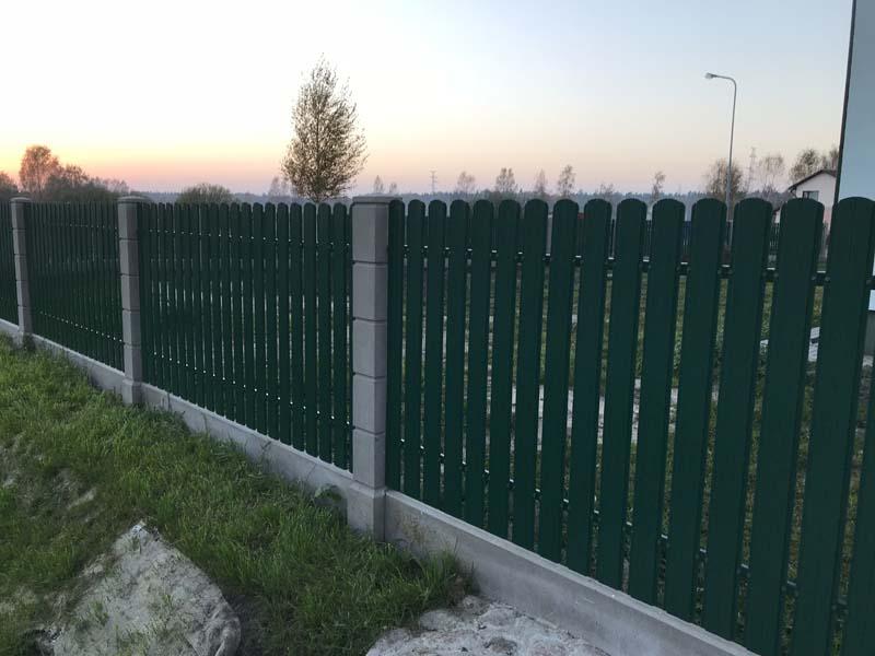 Aluzinc zogi staketa zogi Riga Latvija uzstadisana 1