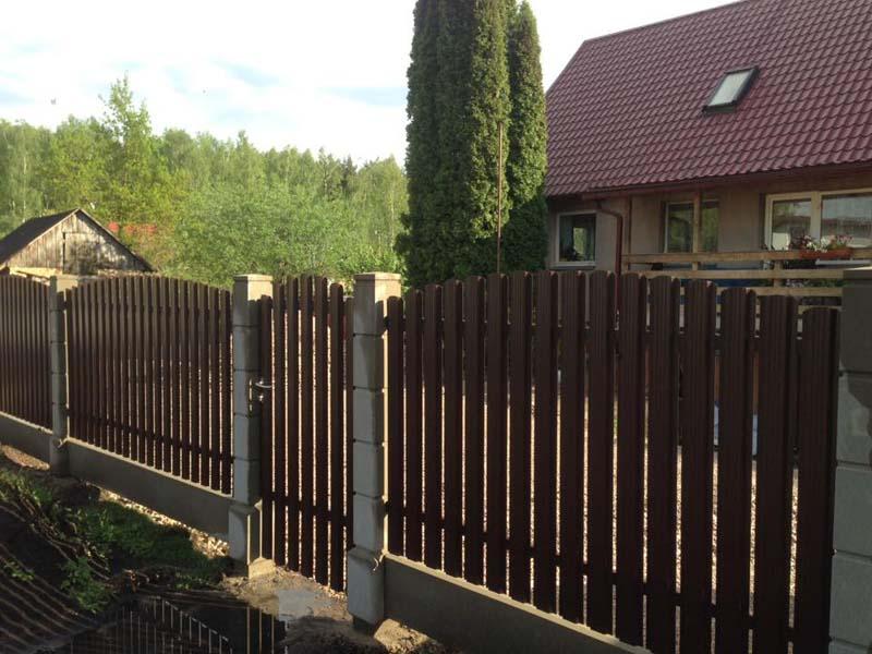 Aluzinc zogi staketa zogi Riga Latvija uzstadisana 1 1