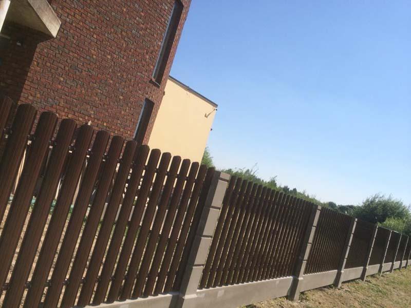 Aluzinc zogi staketa zogi Riga Latvija uzstadisana 22