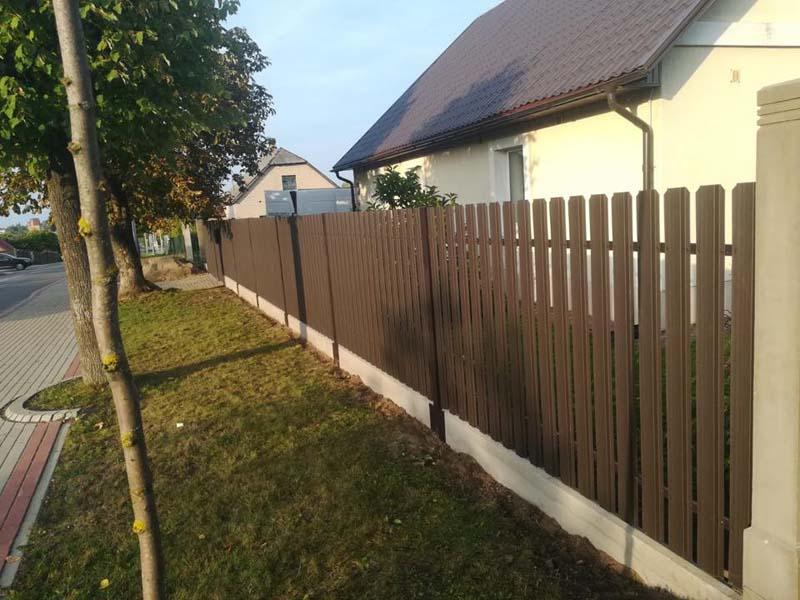 Aluzinc zogi staketa zogi Riga Latvija uzstadisana 30
