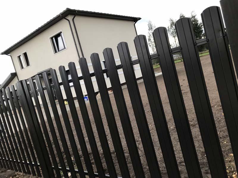 Aluzinc zogi staketa zogi Riga Latvija uzstadisana 37