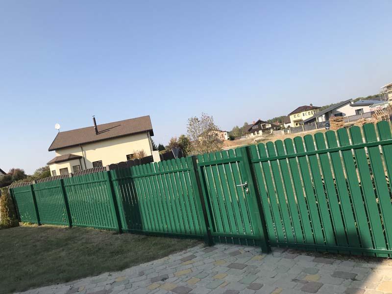 Aluzinc zogi staketa zogi Riga Latvija uzstadisana 38