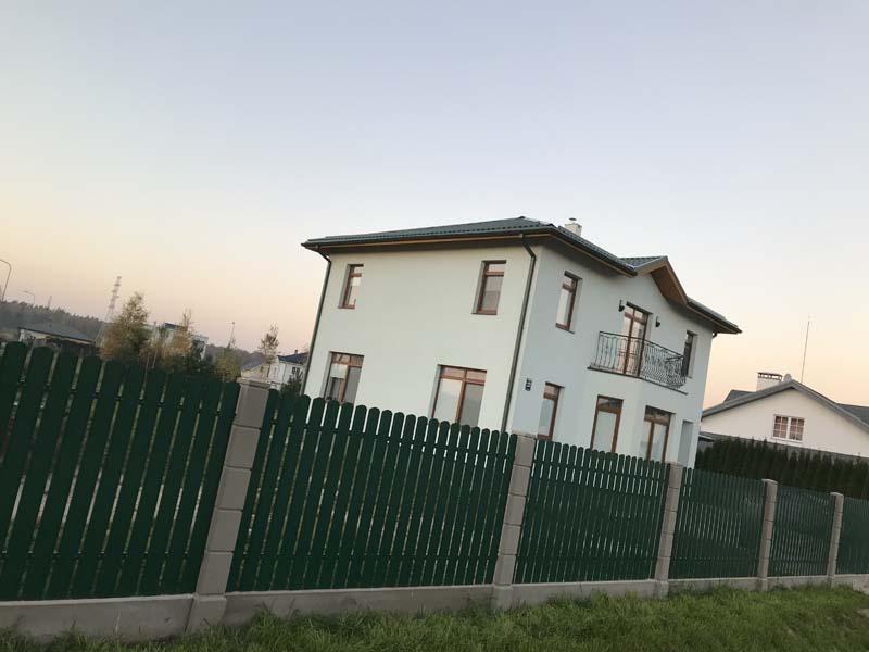 Aluzinc zogi staketa zogi Riga Latvija uzstadisana 6