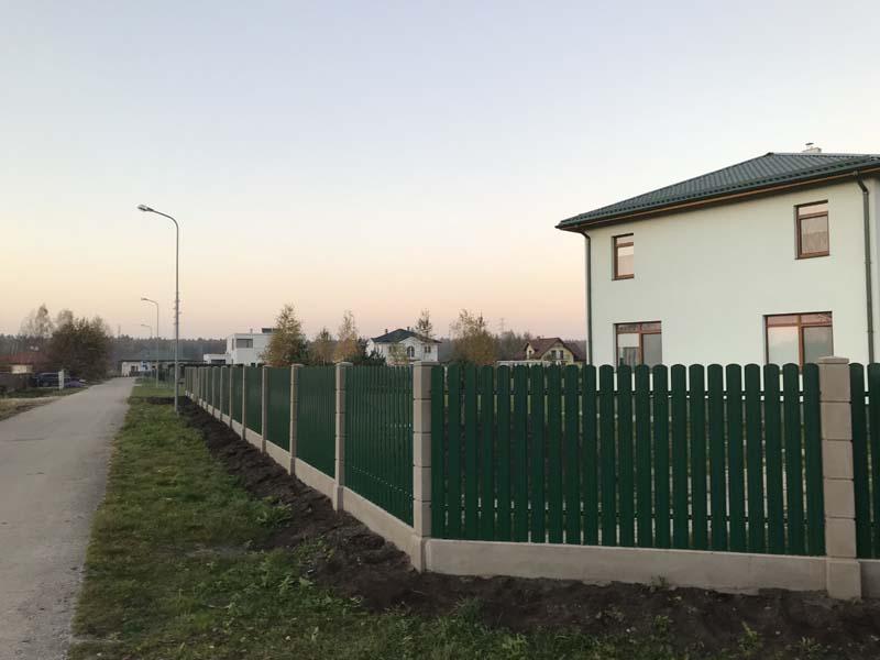 Aluzinc zogi staketa zogi Riga Latvija uzstadisana 7